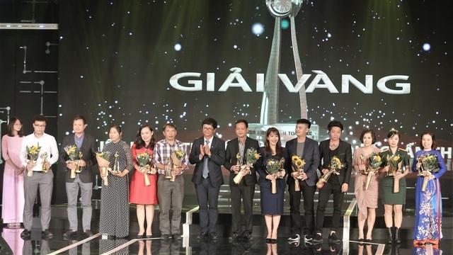 Sau 11 năm đóng phim, lần đầu tiên Thu Quỳnh đoạt Nữ diễn viên xuất sắc - 1