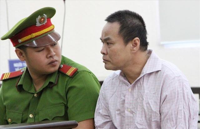 Nguyên Bí thư thị xã Bến Cát bị đề nghị mức án 16 năm tù - 3
