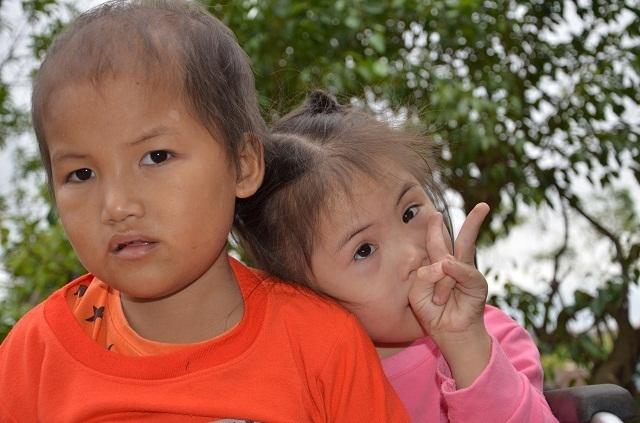Vợ chồng nghèo bán ruộng cứu con được bạn đọc giúp đỡ hơn 105 triệu đồng - 6