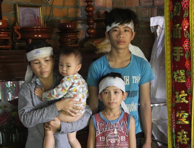 3 đứa trẻ bơ vơ đến tội nghiệp sau cái chết đau lòng của người cha - 4