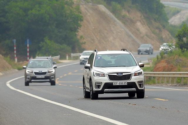 Subaru giảm giá đồng loạt các mẫu Forester - 1