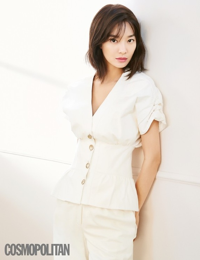 """Shin Min Ah: Mỹ nhân """"không tuổi"""" cùng chuyện tình cổ tích với """"phi công trẻ"""" kém 5 tuổi - 3"""