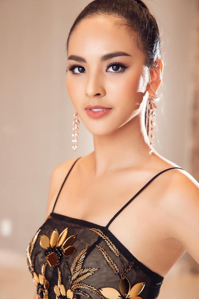 Á khôi Sinh viên Việt Nam được chọn làm đại diện thi Hoa hậu Sắc đẹp Quốc tế - 1