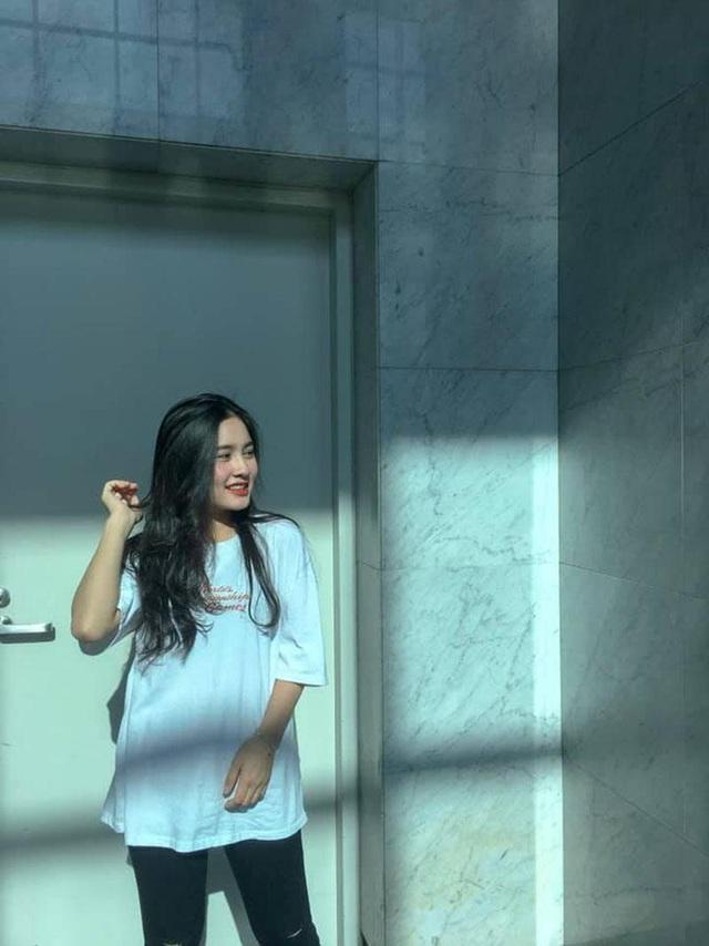 """Nữ sinh Hà Tĩnh """"đốn tim"""" dân mạng với giọng hát ngọt lịm tim - 3"""
