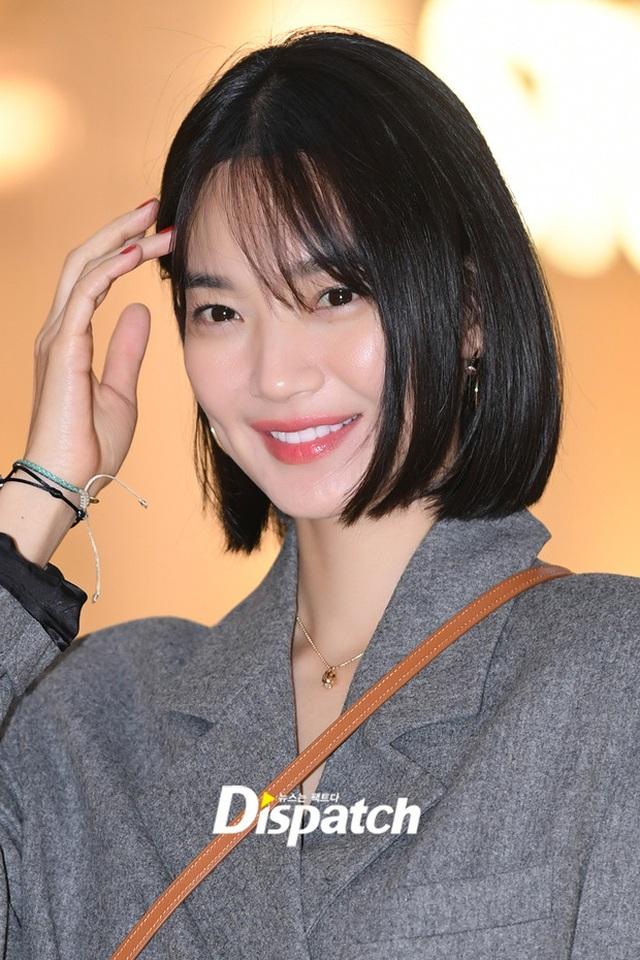 """Shin Min Ah: Mỹ nhân """"không tuổi"""" cùng chuyện tình cổ tích với """"phi công trẻ"""" kém 5 tuổi - 13"""