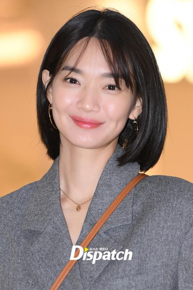 """Shin Min Ah: Mỹ nhân """"không tuổi"""" cùng chuyện tình cổ tích với """"phi công trẻ"""" kém 5 tuổi - 12"""