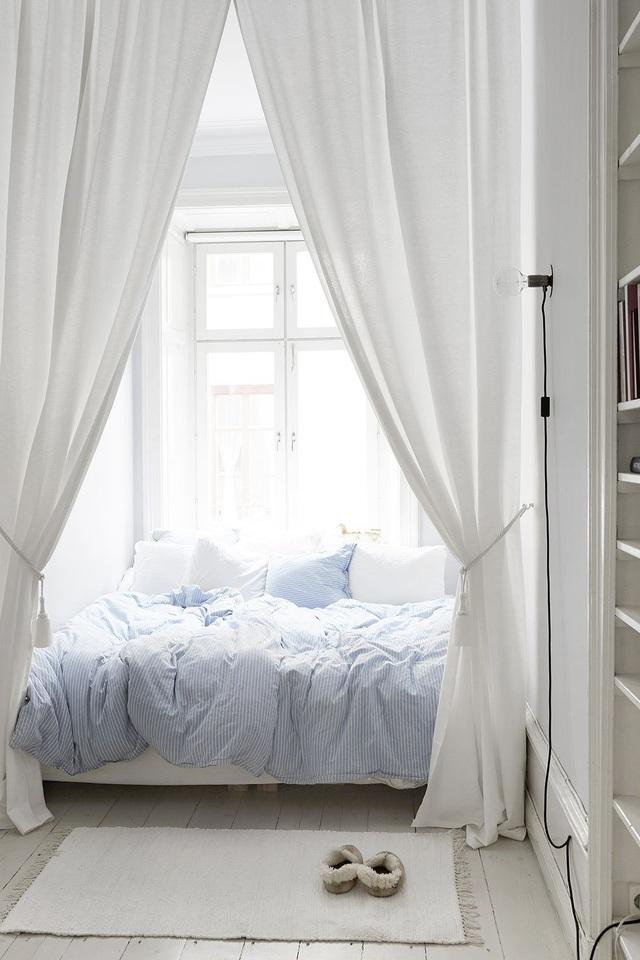 Biến tấu phòng ngủ cho vợ chồng trẻ vừa sang trọng, vừa không lo lỗi mốt - 4