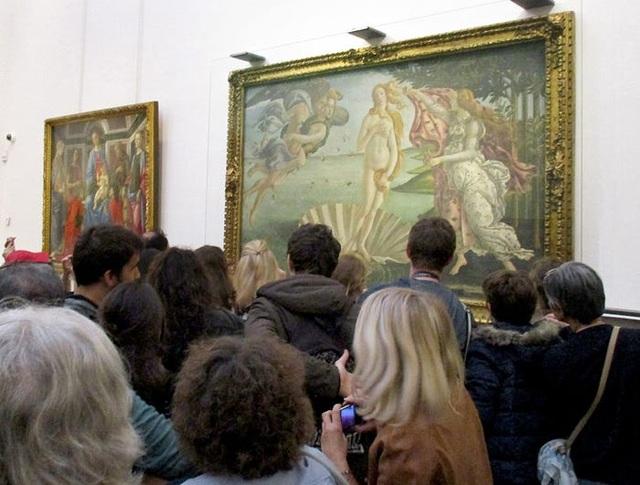 Thực tế đáng thất vọng của các tác phẩm nghệ thuật nổi tiếng ngoài đời thật - 14