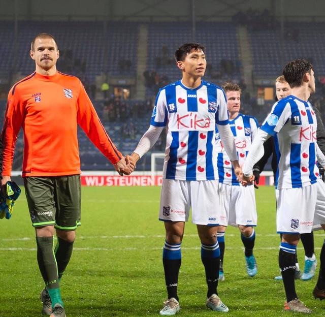 Khoảnh khắc đáng nhớ của Văn Hậu trong ngày Heerenveen đánh bại Roda JC - 5