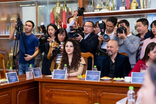 Tin mừng cho Bóng đá nữ Việt Nam: Doanh nghiệp chung tay thưởng lớn hàng chục tỷ đồng - 1