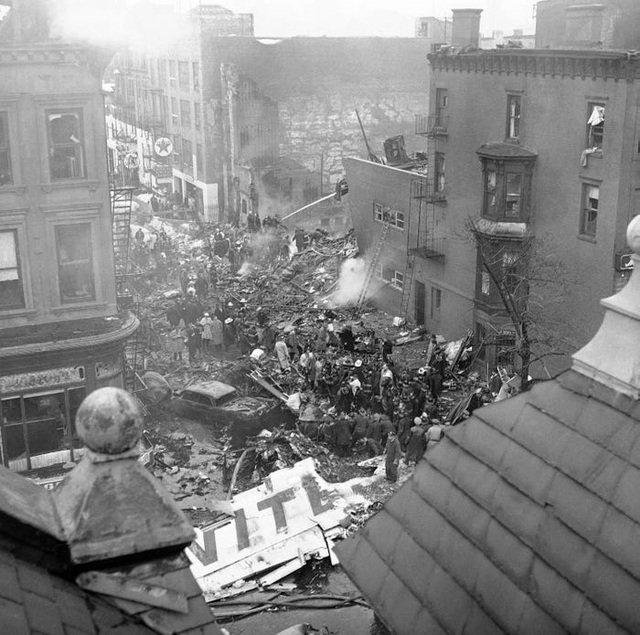 59 năm vụ hai máy bay đâm nhau thảm khốc trên bầu trời New York - 9