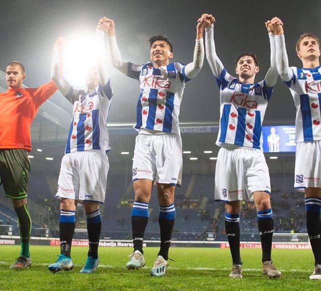 Khoảnh khắc đáng nhớ của Văn Hậu trong ngày Heerenveen đánh bại Roda JC - 6