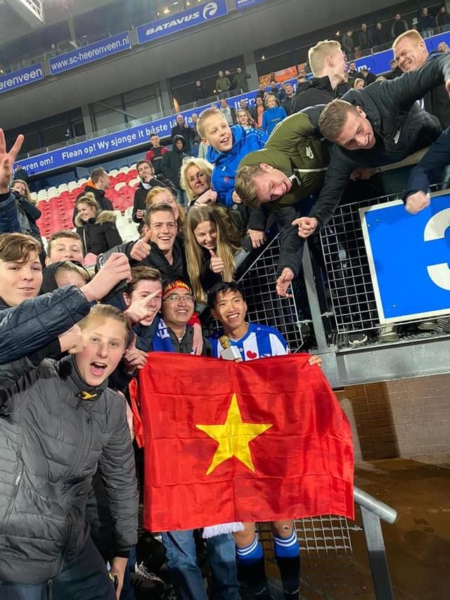 HLV Heerenveen tiết lộ lý do trao cơ hội ra sân cho Văn Hậu - 2