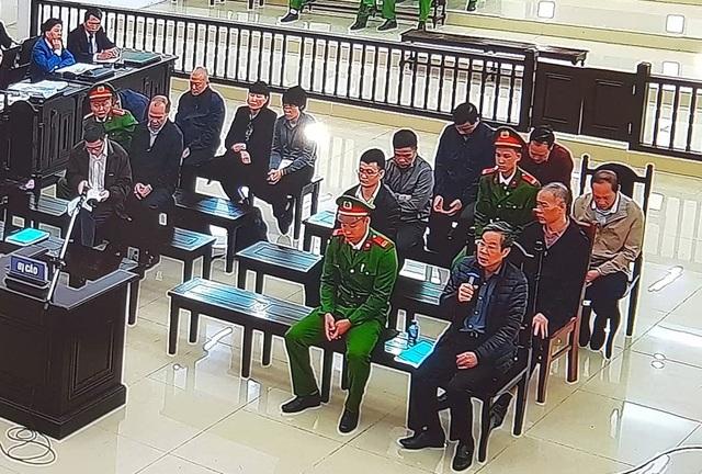 """Cựu Bộ trưởng Nguyễn Bắc Son đề nghị luật sư không """"cãi"""" tội nhận hối lộ - 1"""