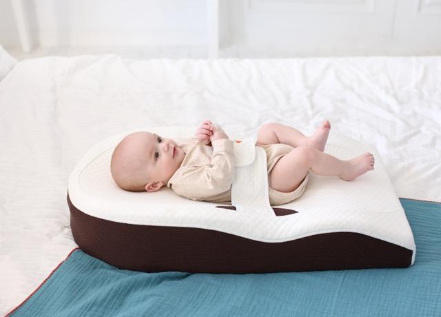 Trẻ sơ sinh ngủ cùng bố mẹ: Chung phòng có nên chung giường - 3