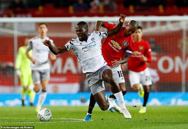 Rashford, Martial tỏa sáng đưa Man Utd vào bán kết League Cup - 4