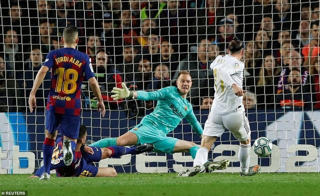 Barcelona và Real Madrid bất phân thắng bại ở Nou Camp - 5