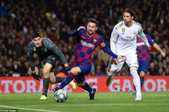 Barcelona và Real Madrid bất phân thắng bại ở Nou Camp - 1