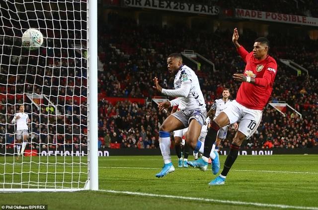 Rashford, Martial tỏa sáng đưa Man Utd vào bán kết League Cup - 1