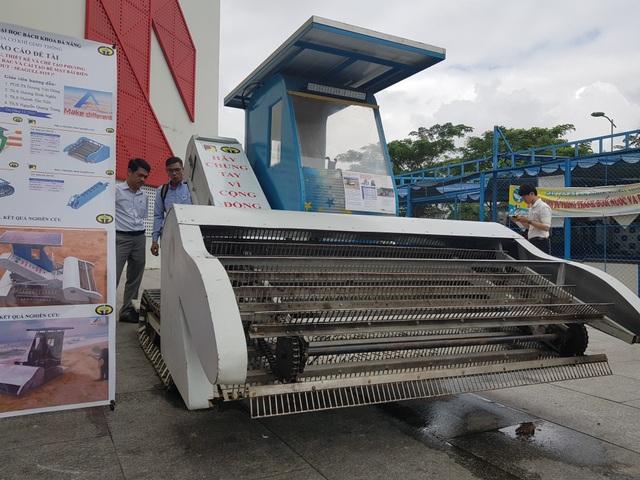 Nhóm sinh viên Đà Nẵng chế tạo máy dọn rác trên bãi biển - 3