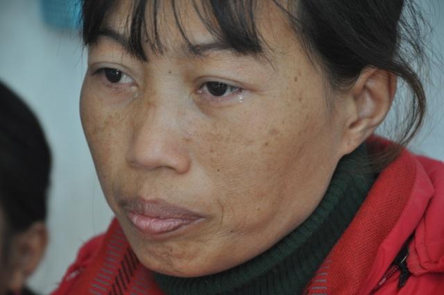 3 mẹ con chị Nụ được bạn đọc giúp đỡ hơn 120 triệu đồng - 1