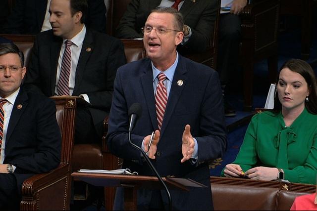 Tranh luận nảy lửa ở Hạ viện Mỹ trước giờ bỏ phiếu luận tội ông Trump - 2