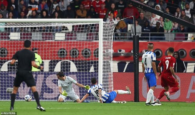 Liverpool vào chung kết FIFA Club World Cup nhờ bàn thắng muộn của Firmino - 3
