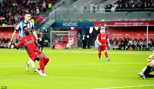 Liverpool vào chung kết FIFA Club World Cup nhờ bàn thắng muộn của Firmino - 1