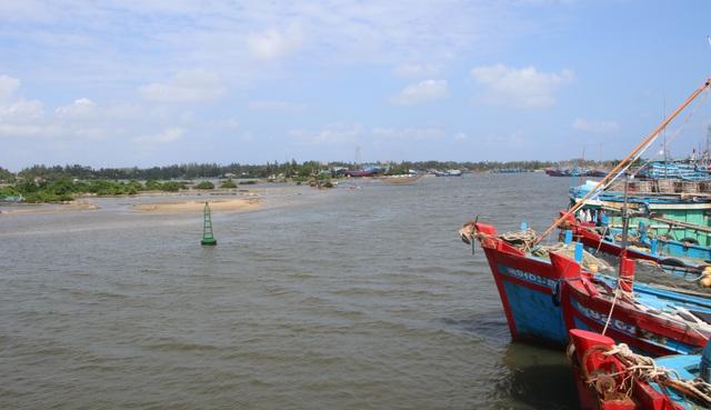 Công trình trái phép bóp nghẹt lòng sông - 3