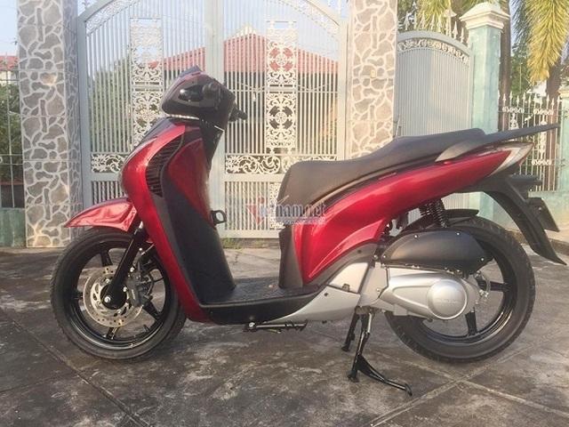 Honda SH cũ 9 năm tuổi giá 390 triệu của thầy giáo ở Vĩnh Long - 1