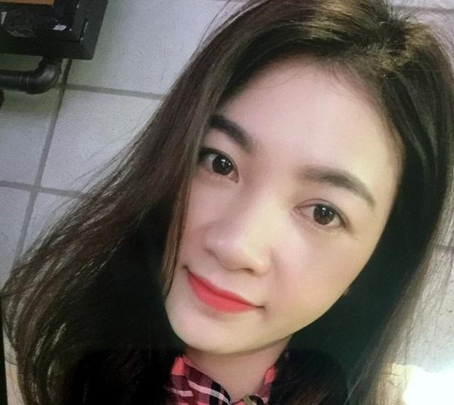 Hà Nội: Má mì xinh đẹp điều hành đường dây bán dâm cho khách ngoại quốc - 1
