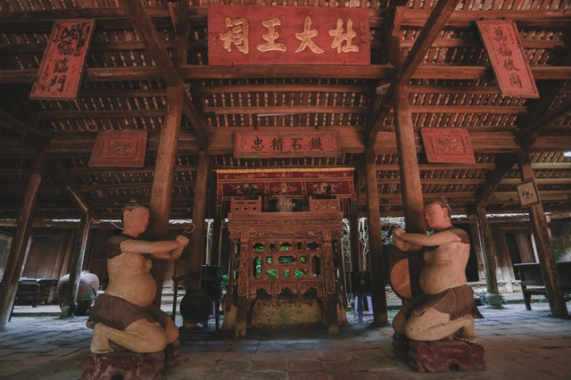 Độc nhất nhà cổ 300 tuổi làm từ gỗ lim, nằm giữa khu vườn xanh mát mắt ở Hà Nội - 7