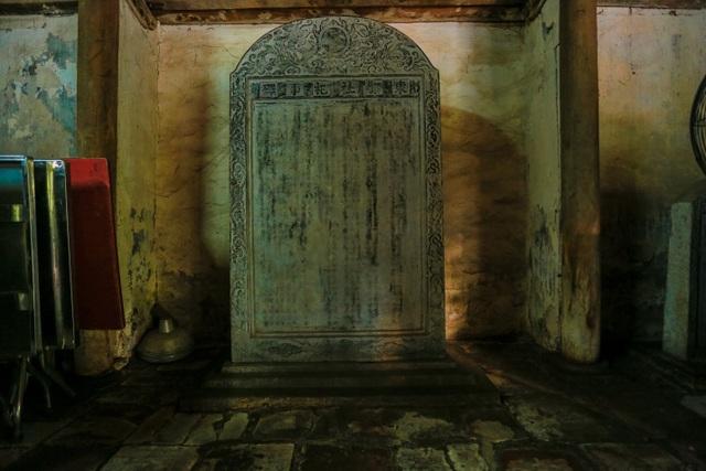 Độc nhất nhà cổ 300 tuổi làm từ gỗ lim, nằm giữa khu vườn xanh mát mắt ở Hà Nội - 10