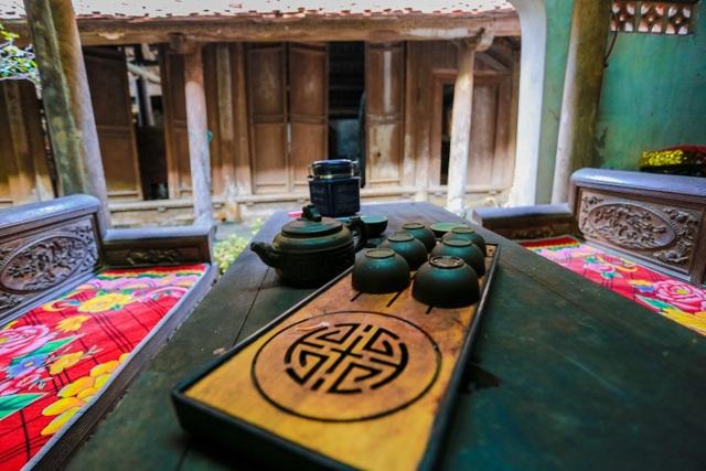 Độc nhất nhà cổ 300 tuổi làm từ gỗ lim, nằm giữa khu vườn xanh mát mắt ở Hà Nội - 11