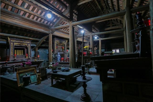 Độc nhất nhà cổ 300 tuổi làm từ gỗ lim, nằm giữa khu vườn xanh mát mắt ở Hà Nội - 15