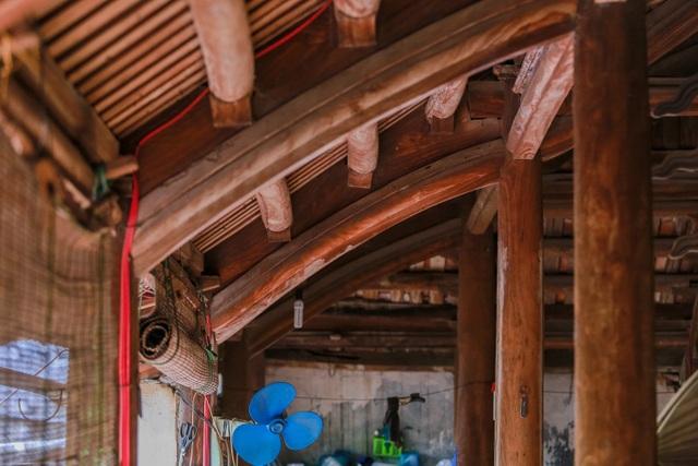 Độc nhất nhà cổ 300 tuổi làm từ gỗ lim, nằm giữa khu vườn xanh mát mắt ở Hà Nội - 16
