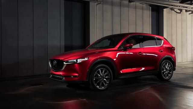 New Mazda CX-5 2.0 Premium - SUV 5 chỗ nhiều tiện nghi và công nghệ hiện đại - 1