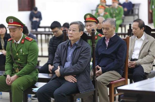 """Gia đình ông Nguyễn Bắc Son """"gom"""" được 12,5 tỷ đồng - 1"""