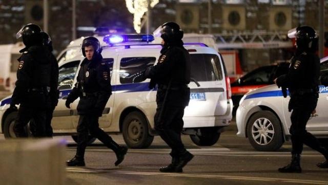 Nổ súng bên ngoài trụ sở an ninh liên bang Nga, ít nhất 1 người chết - 1
