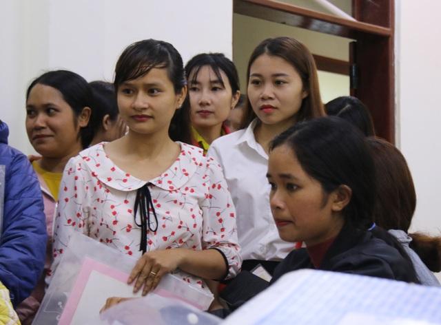 Niềm vui vỡ òa của hàng chục giáo viên tình nguyện đứng lớp không lương - 2