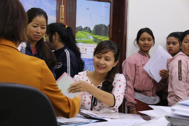 Niềm vui vỡ òa của hàng chục giáo viên tình nguyện đứng lớp không lương - 3