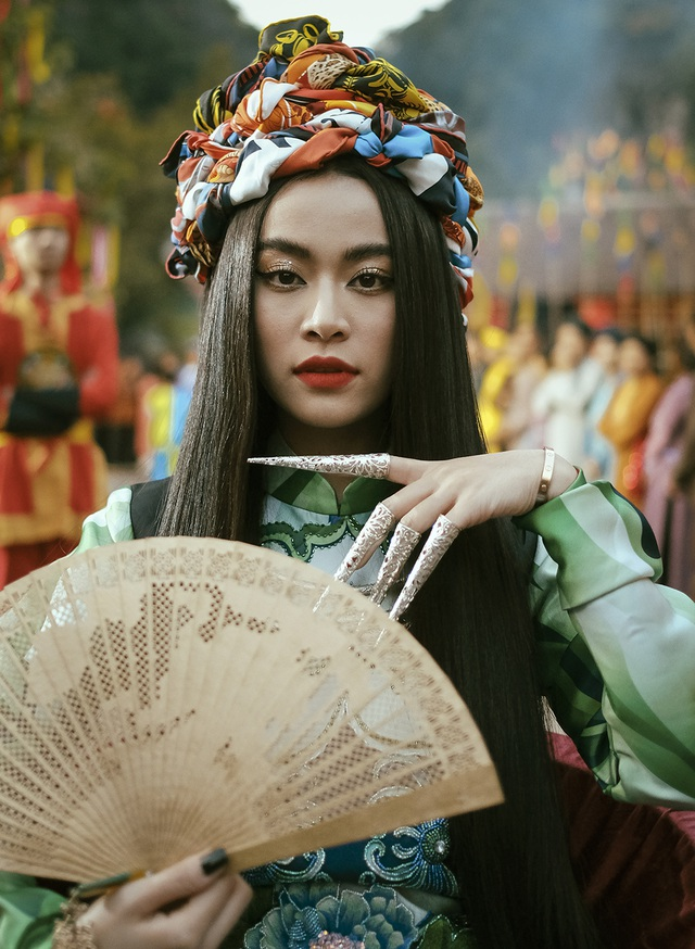 """Hoàng Thùy Linh lần đầu nhắc lại """"Nhật ký Vàng Anh"""" sau hơn 10 năm  - 5"""
