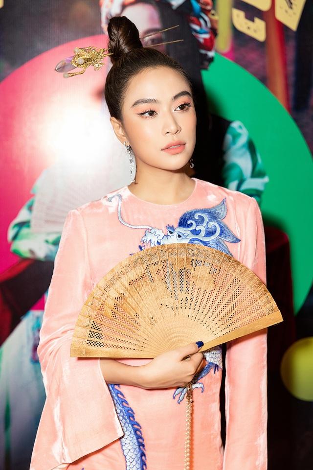 """Hoàng Thùy Linh lần đầu nhắc lại """"Nhật ký Vàng Anh"""" sau hơn 10 năm  - 2"""