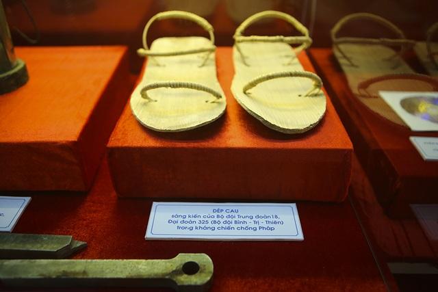 Hàng nghìn kỷ vật chiến tranh được trưng bày tại Thái Nguyên - 11