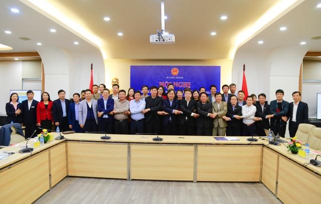 Trường ĐH Công nghiệp Hà Nội chuyển giao chương trình đào tạo tiếng Anh nghề nghiệp cho 34 trường ĐH,CĐ - 3
