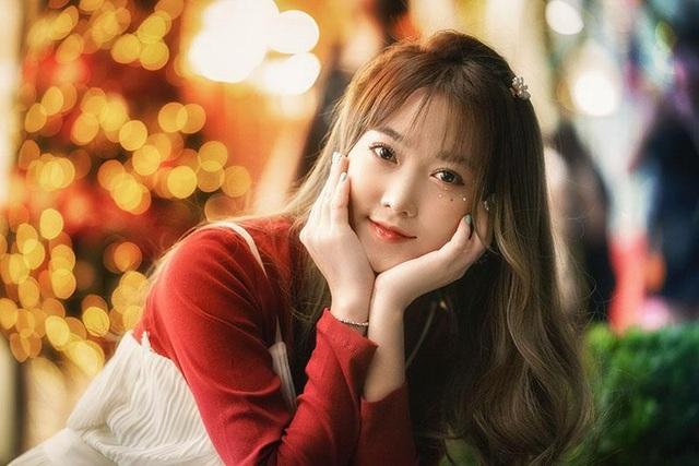 Cô gái có tên đẹp như người cuốn hút trong bộ ảnh đón Giáng sinh - 3