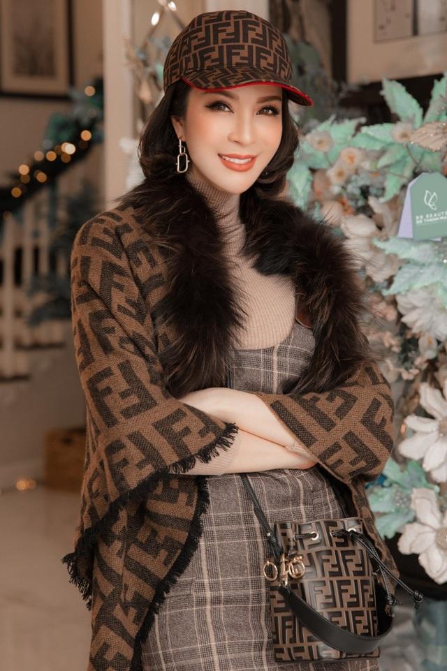 Biệt thự triệu đô của MC Thanh Mai trang hoàng lộng lẫy mùa Giáng sinh - 3