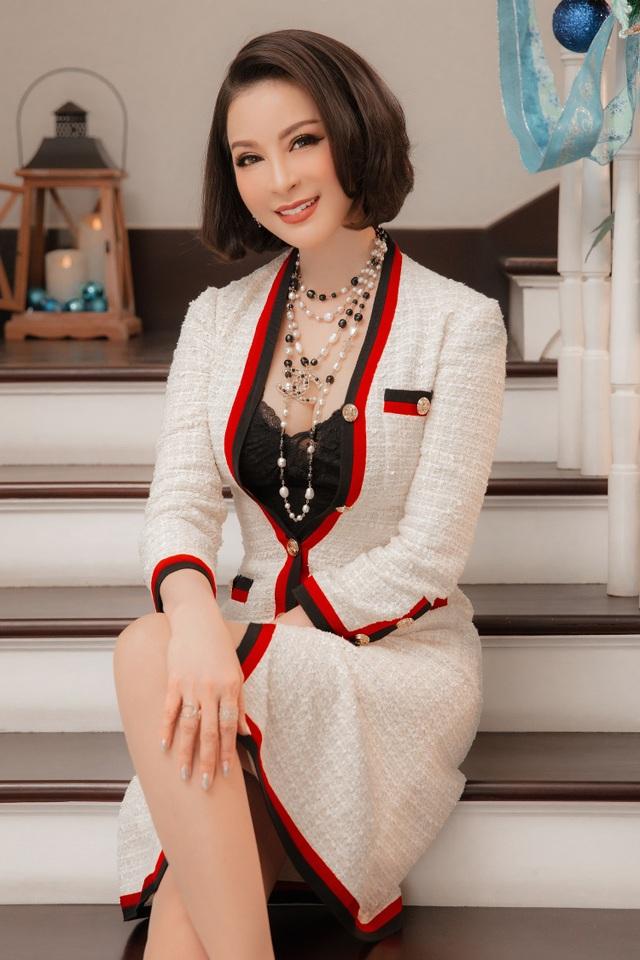 Biệt thự triệu đô của MC Thanh Mai trang hoàng lộng lẫy mùa Giáng sinh - 5
