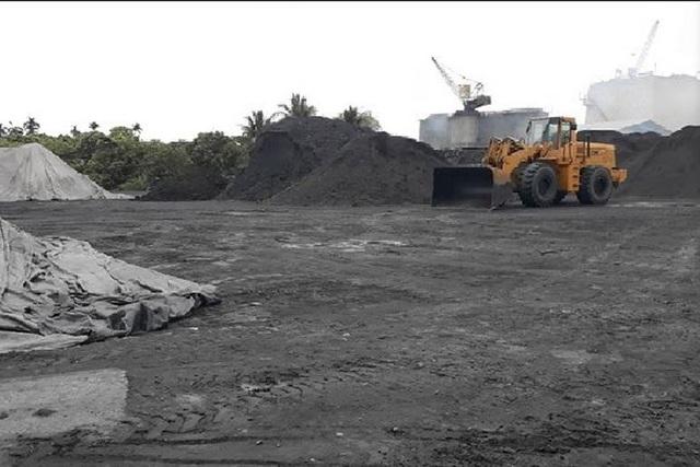 """Vụ bắt giữ gần 1 nghìn tấn than trái phép: Hàng loạt """"quan phường"""" bị xem xét kỷ luật - 1"""