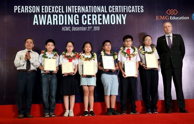 Học sinh Việt đạt điểm cao nhất toàn thế giới môn Toán THCS chứng chỉPearson Edexcel - 1